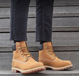 Save up to 50% off Timberland, Bensimon, Caterpillar, Feiyue and Hudson along with free delivery at Spartoo.